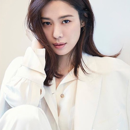 In marie claire, April 2018