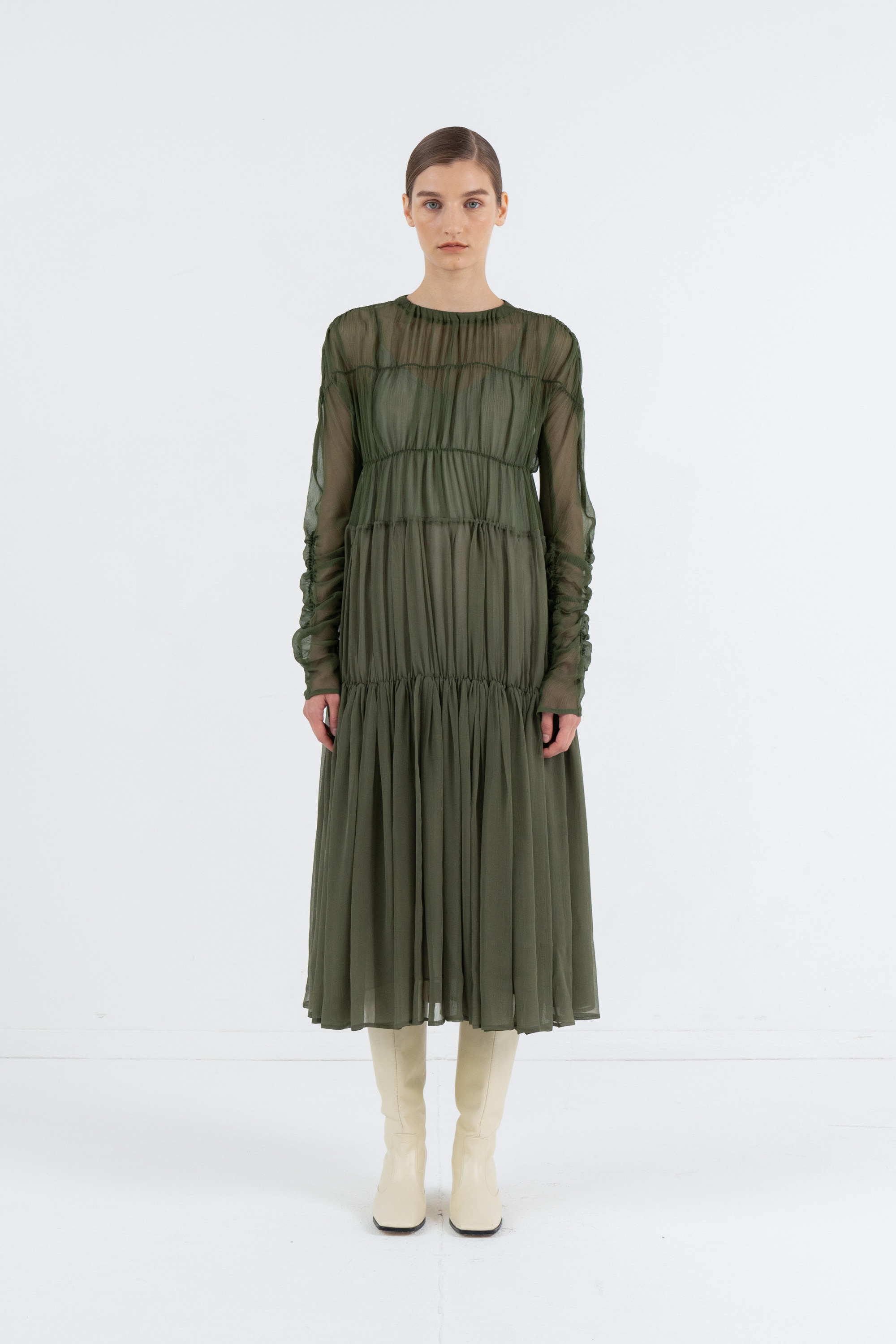 SILK SEE-THROUGH SHIRRING DRESS_DEEP KHAKI