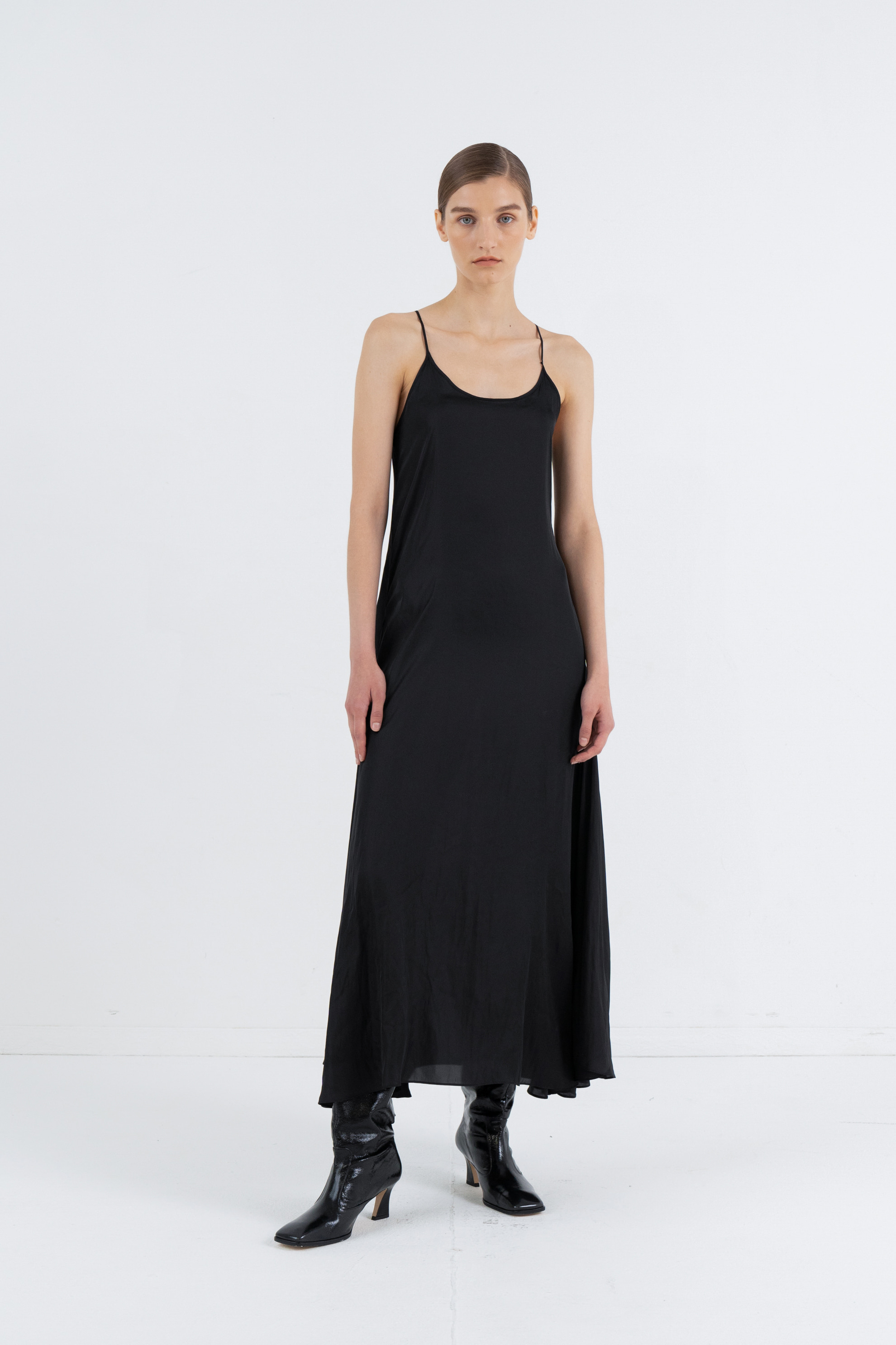 FLARE SLIP DRESS_BLACK