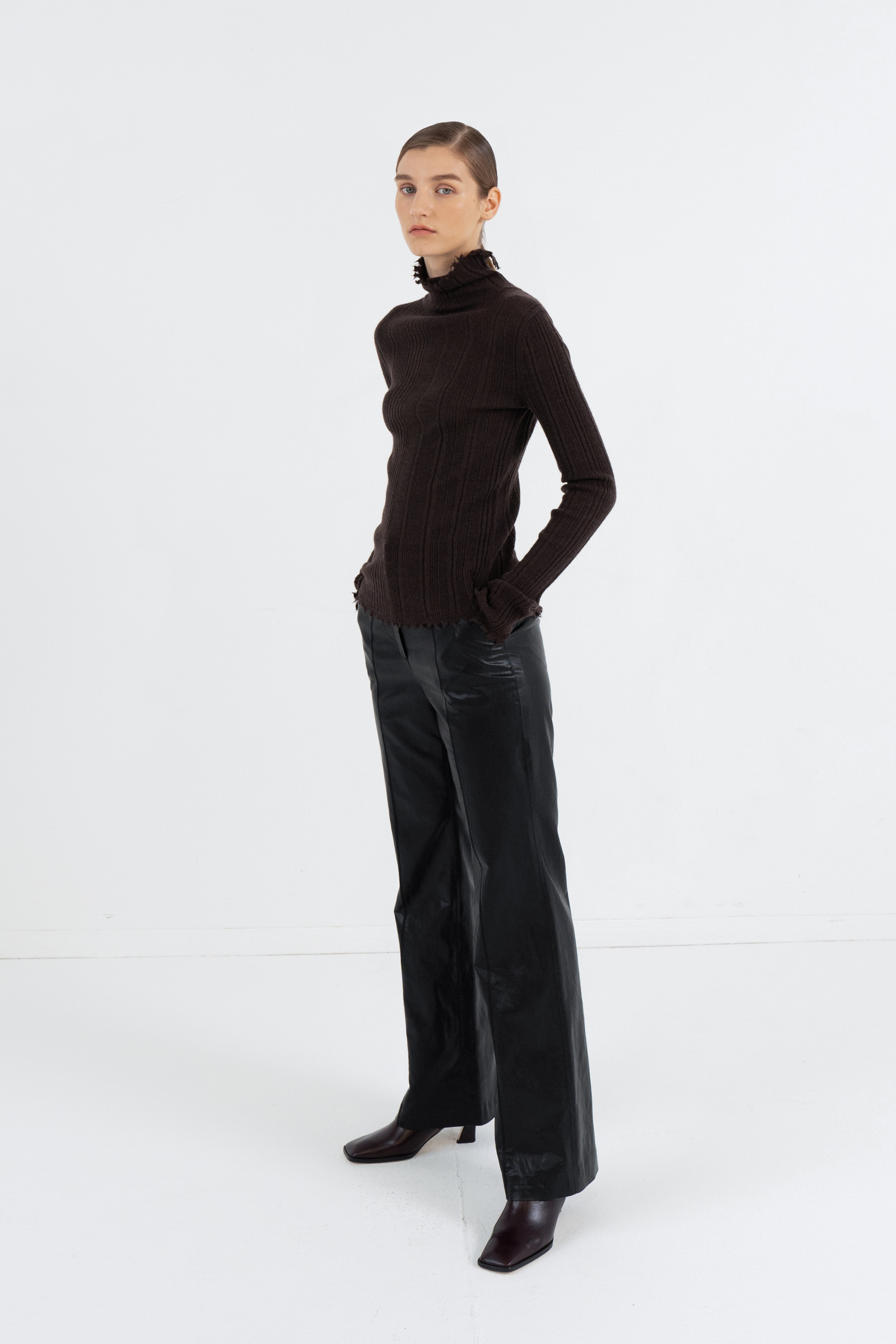 KIDMOHAIR TURTLENECK GOLGI TOP_BROWN