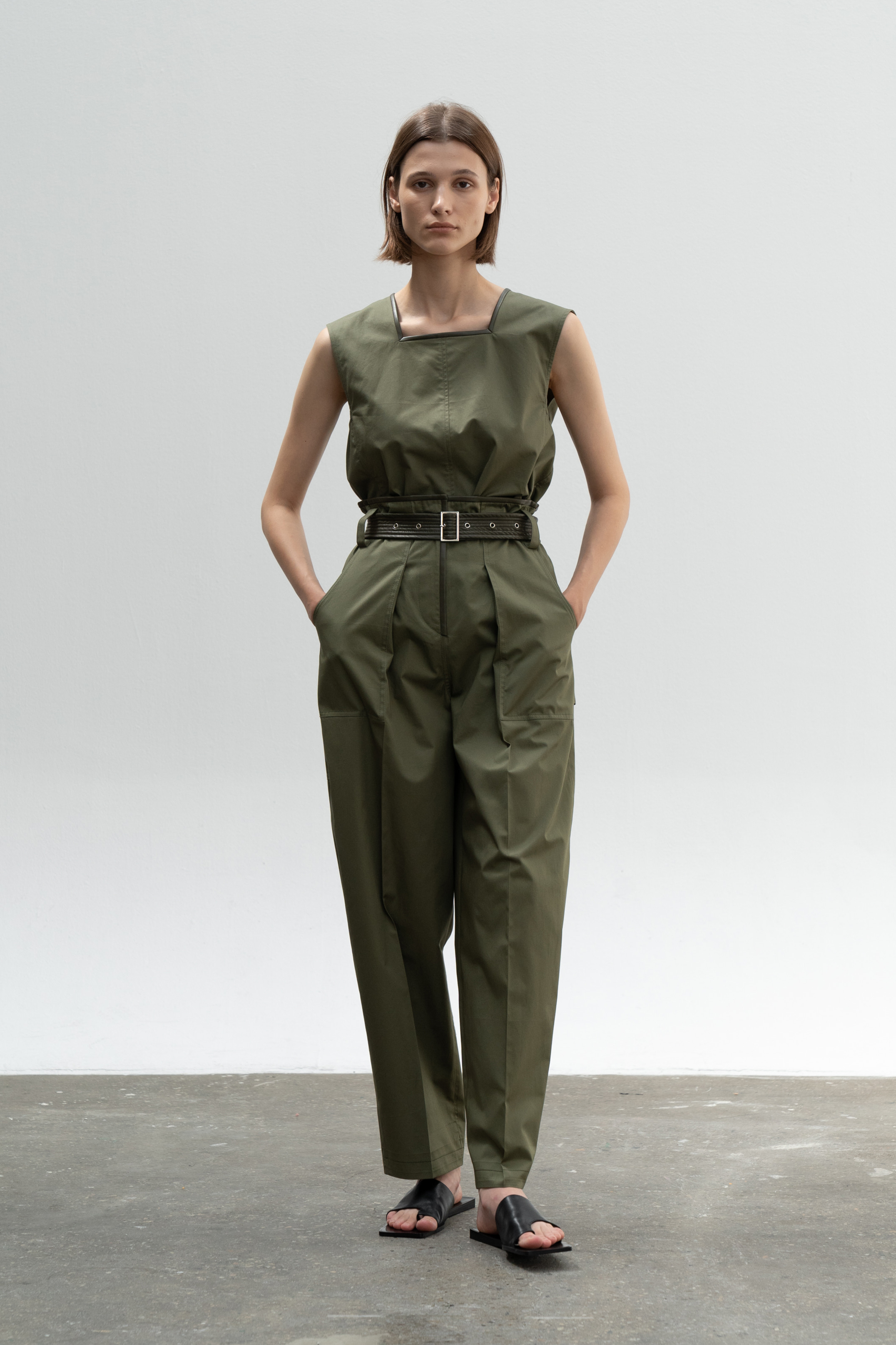 SQAURE NECK LEATHER LINE COMBI TOP_KHAKI
