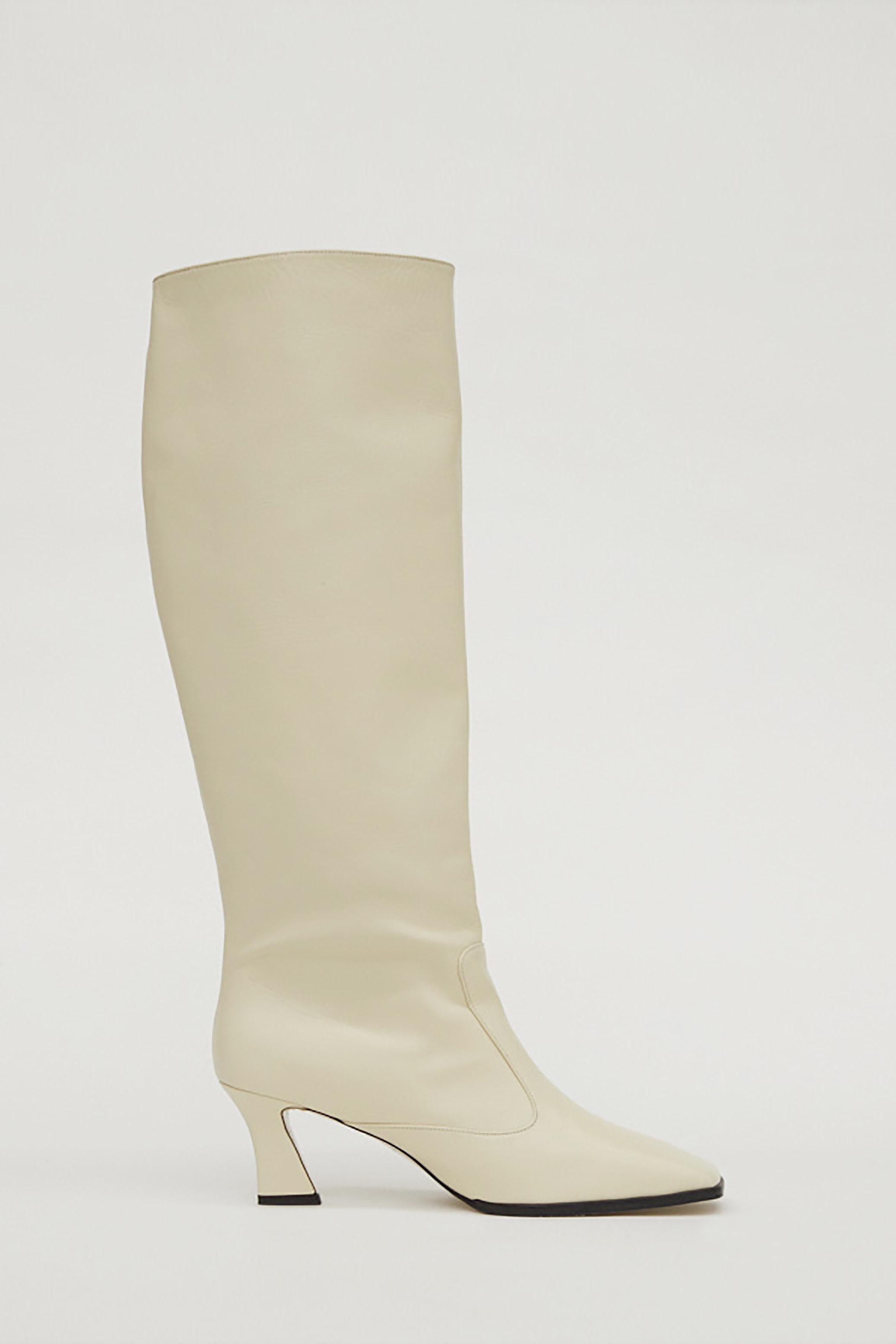SQUARE LEATHER LONG BOOTS_CREAM