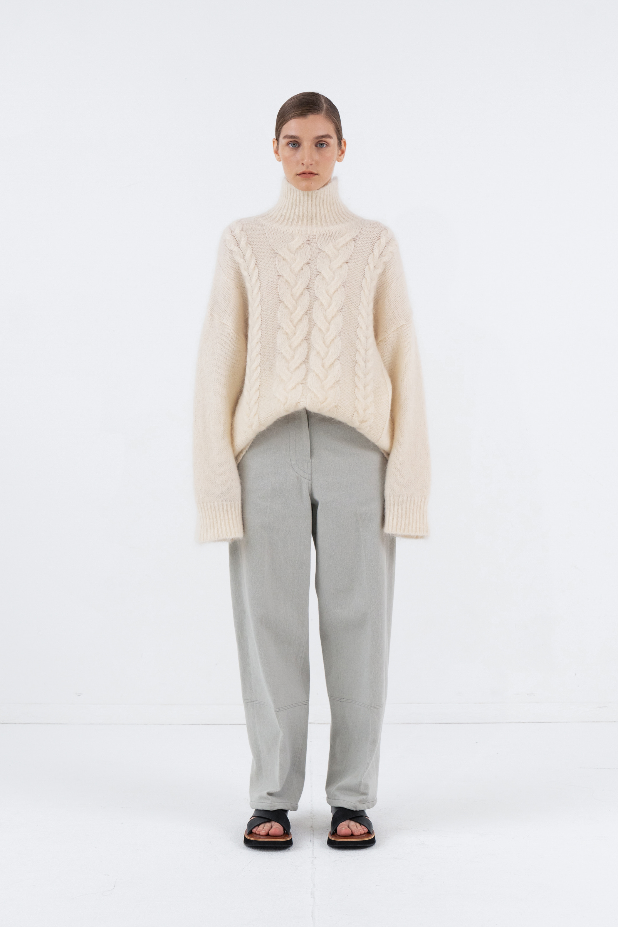 MOHAIR TWIST TURTLENECK_IVORY